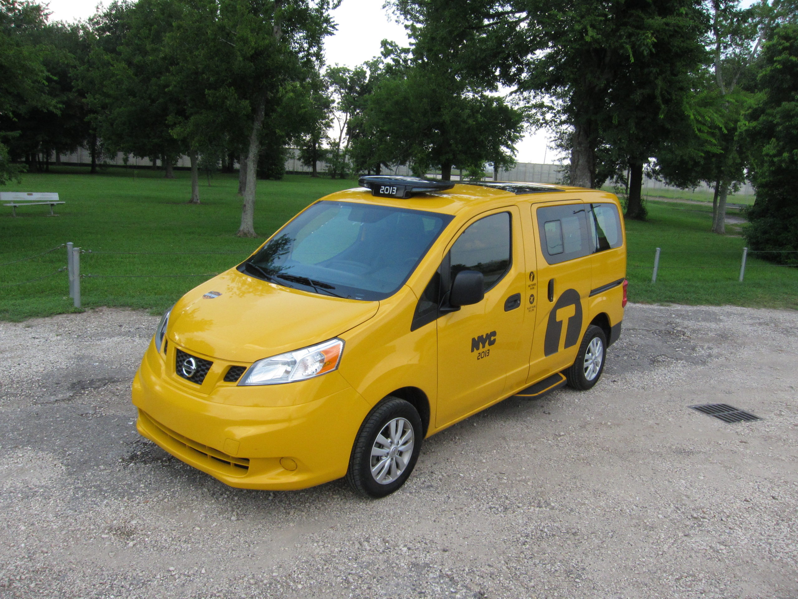 TAXI! Nissan NV200