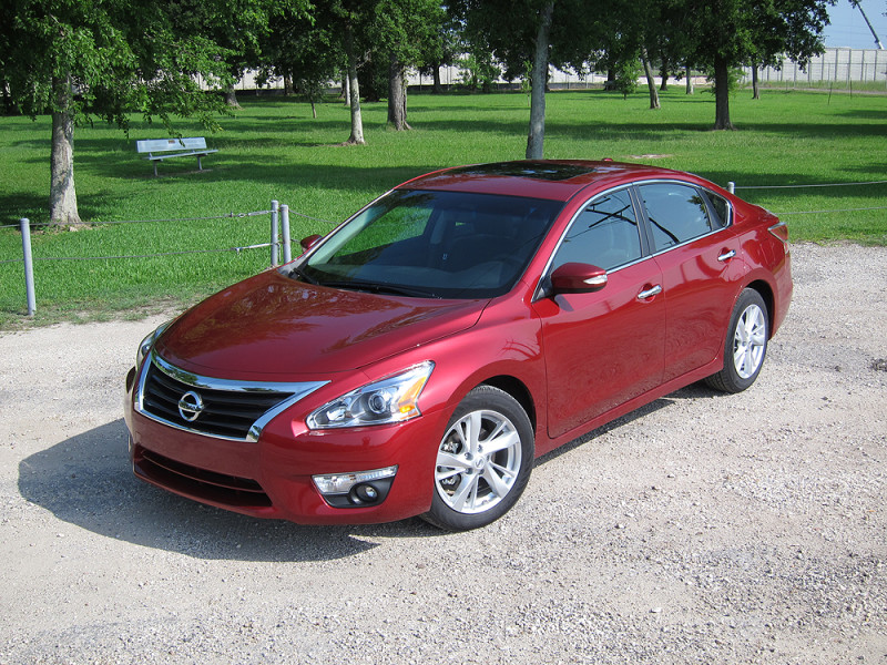2015 nissan altima 2 5 sl review in wheel time. Black Bedroom Furniture Sets. Home Design Ideas