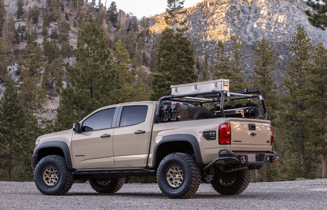 Chevy debuts aggressive ZR2 concept and Race Development ...