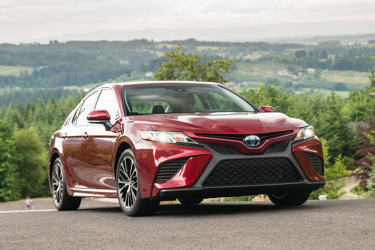 While Others Were Satisfied To Offer A Mid Size Sedan For 2018 With Minimal Upgrades Or Improvements Toyota Had Invested In Totally Reimagined Camry