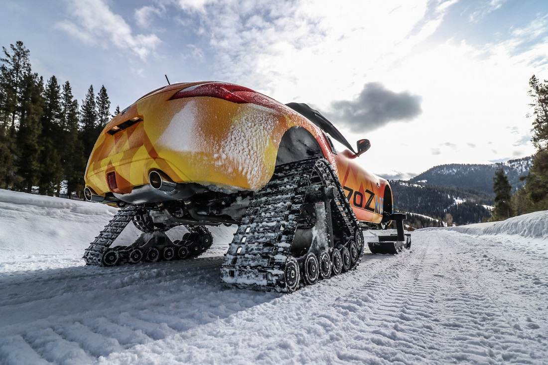 Nissan 370Zki Roadster Snowmobile