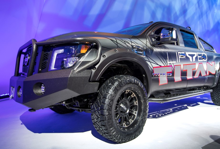 Nissan now offering a factory-authorized lift kit for TITAN and TITAN XD trucks