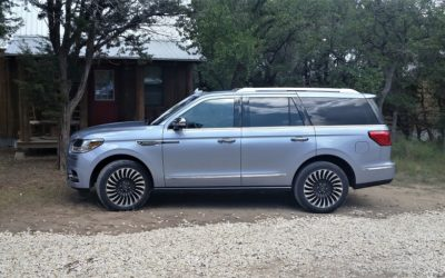 2018 Lincoln Navigator 4×4 Black Label – in a class of its own