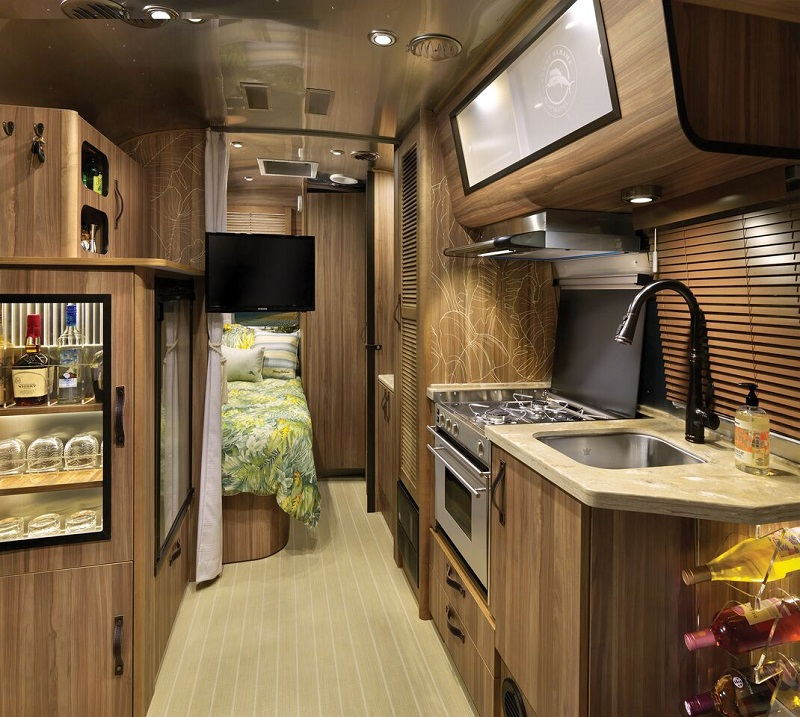Airstream Tommy Bahama Edition interior