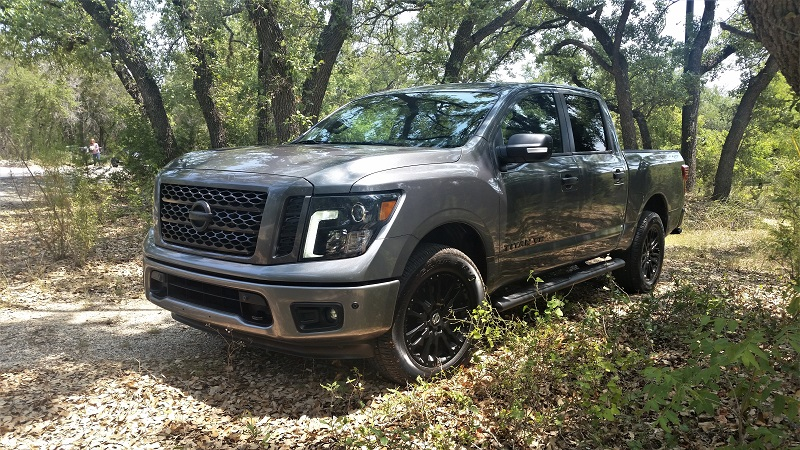 Nissan Titan rolls out the Midnight Edition!