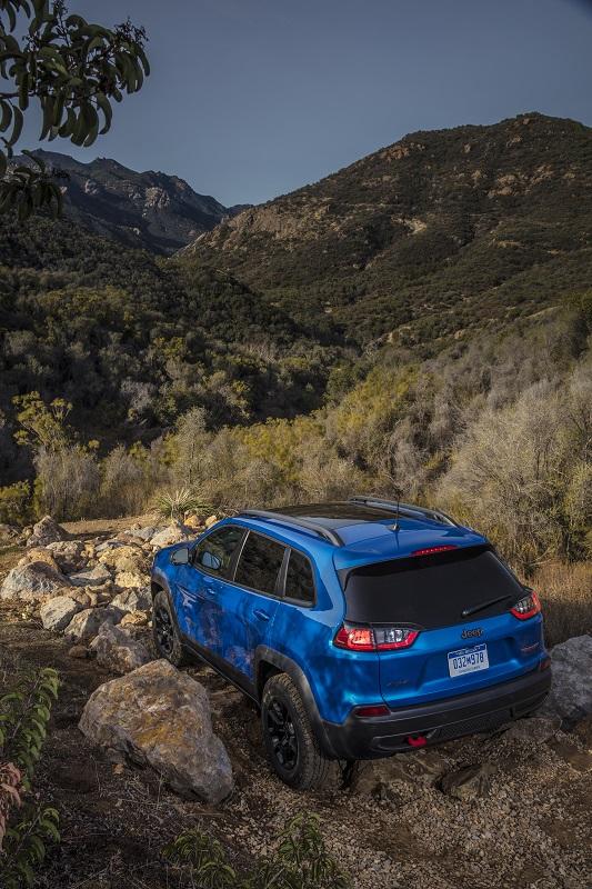 2019 Jeep Cherokee Trailhawk Elite 4x4 - downtown Austin ...