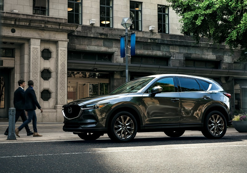 Mazda 'Signature' trim on the CX-5!