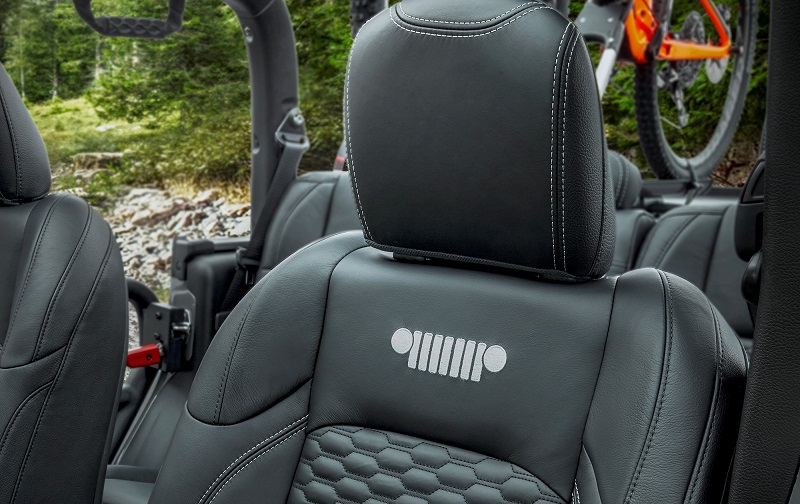 Leather Jeep Seats >> Katzkin Leather Seats For The All New 2020 Jeep Gladiator