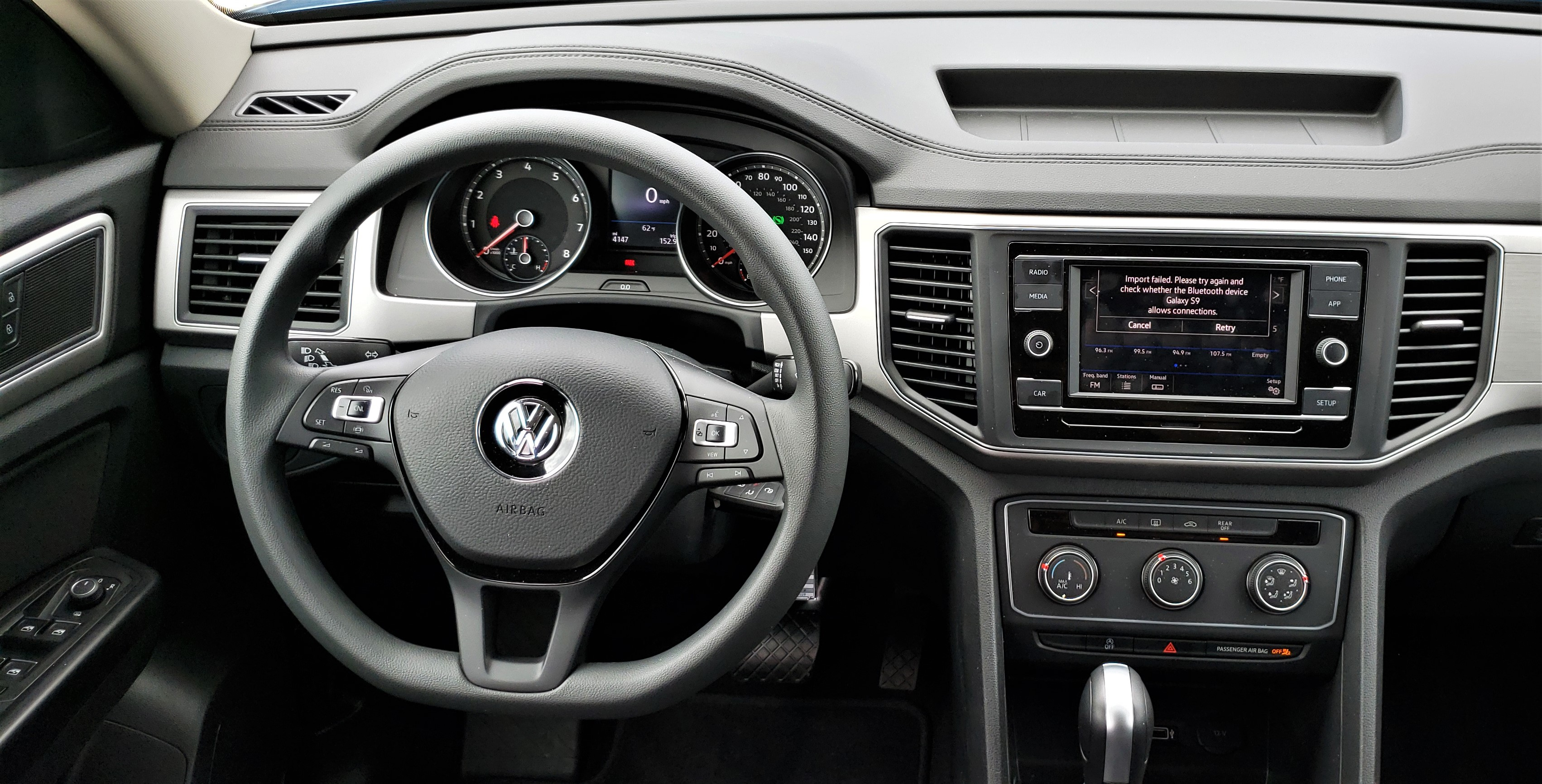 2019 VW Atlas dash1