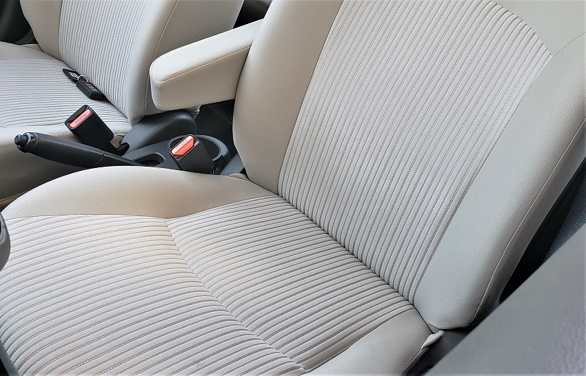2019 Mitsubishi G4 SE int