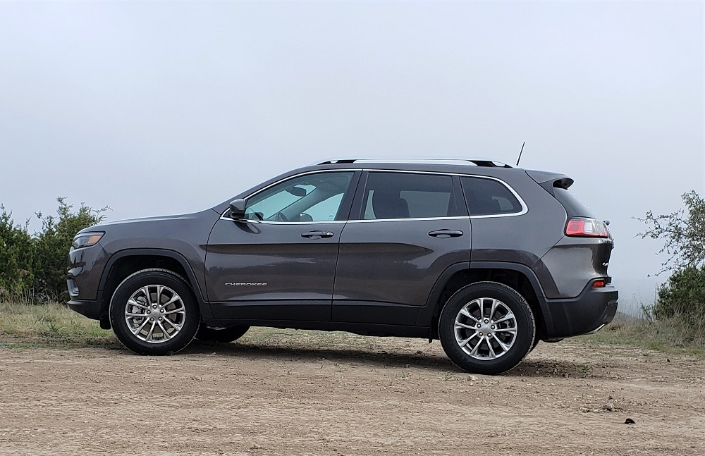 A Jeep for the everyday family – 2019 Cherokee Latitude Plus 4×4