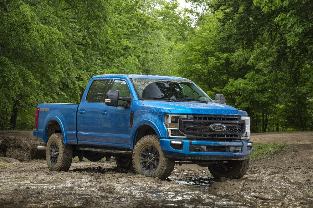 Ford adds new off-road prowess with Tremor Off-Road Package on Super Duty trucks this Fall