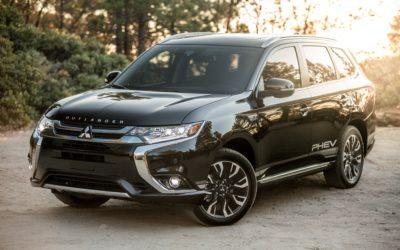 2019 Mitsubishi Outlander PHEV GT S-AWC complete with power points for tailgating