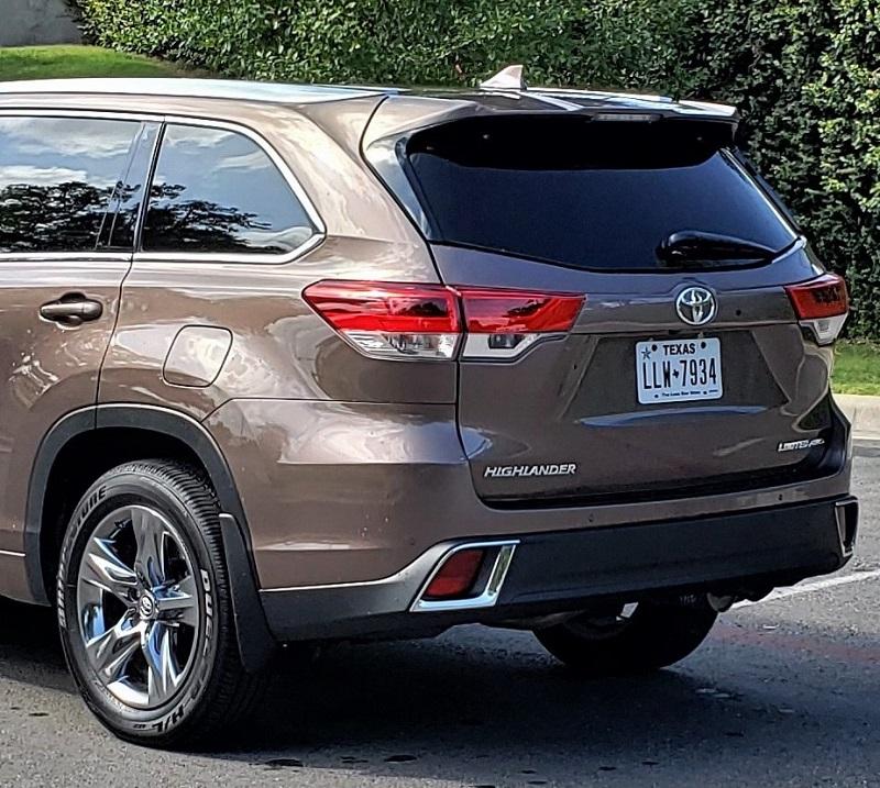 2019 Toyota Highlander AWD not the latest but still plenty