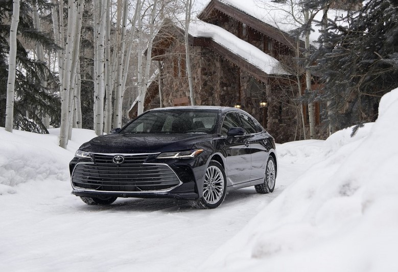 Adding AWD – Toyota Camry and Avalon become sedans for all seasons