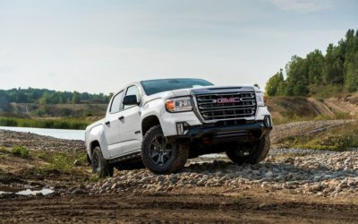 GMC amps 2021 Canyon with AT4 Off-Road Performance Edition
